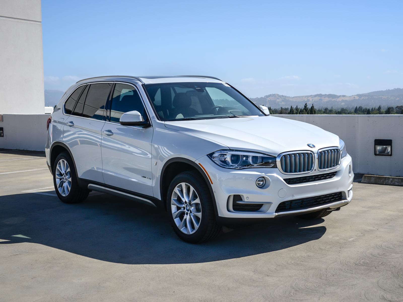 New 2018 BMW X5 xDrive40e iPerformance Sports Activ With Navigation & AWD