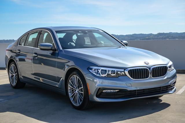 New 2018 BMW 5 Series 540d xDrive Sedan With Navigation & AWD