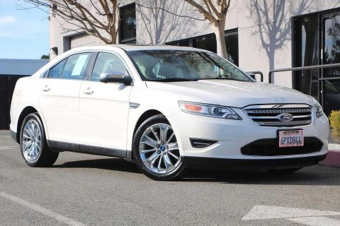 Pre-Owned 2010 Ford Taurus 4dr Sdn Limited AWD